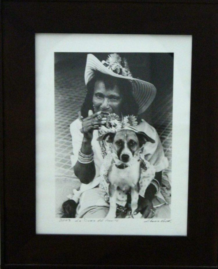 Liborio Noval (Cuba) 'La dama del perrito'